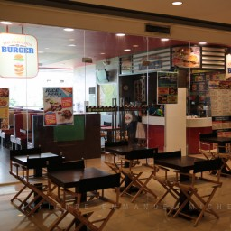 20130713-009-9B5A1695-burger-restaurant-customers-cooking-beef-angus-mall-gaisano