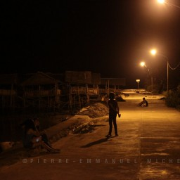 20130709-005-9B5A1260-silay-beach-by-night-fishermen-artists-restaurants