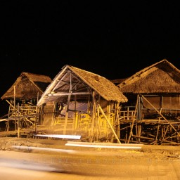 20130709-025-9B5A1317-silay-beach-by-night-fishermen-artists-restaurants