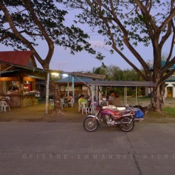 20130227-P1190997-bago-city-bantayan-park-sunset